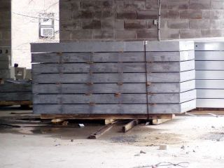 Walls on pallets